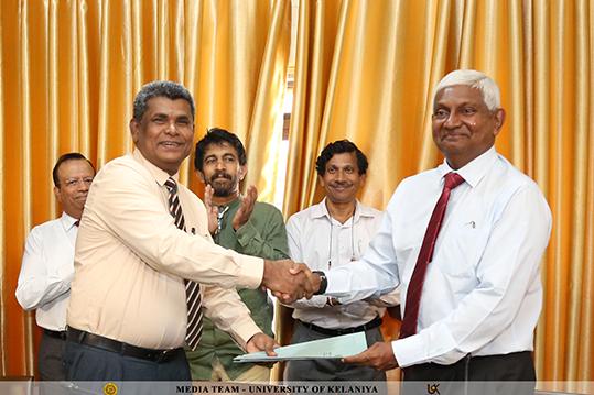 MoU Signed Between University of Kelaniya and Ceylinco Life Insurance