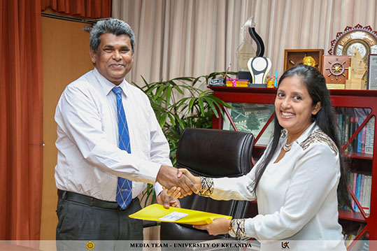 MoU Signed Between University of Kelaniya and LOLC Technologies Limited