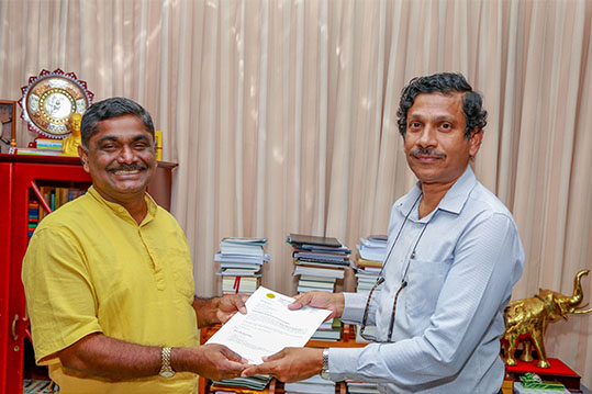Senior Prof. S.R.D. Kalingamudali as the Head of Department of Physics